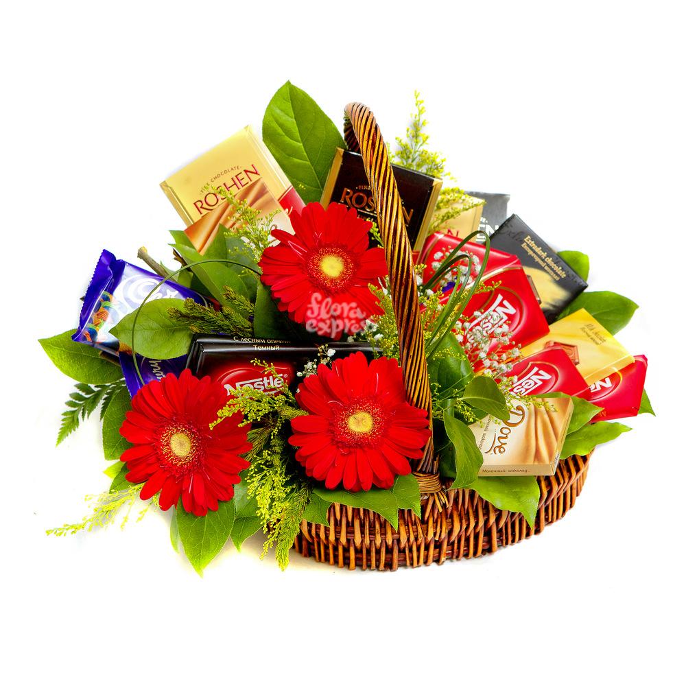 Сладкая корзина от Floraexpress