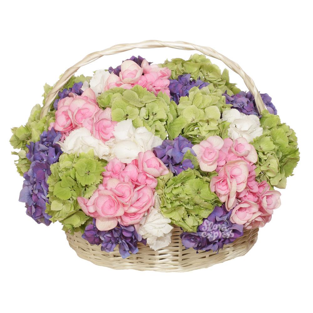 Корзина «Воплощение нежности» от Floraexpress