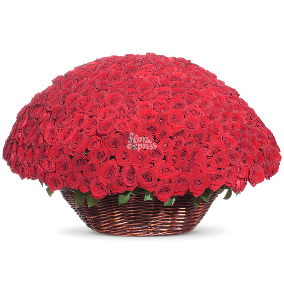 Корзина «Море роз»