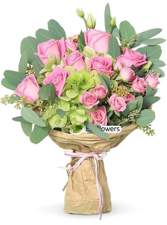 Фото букета: Розы и гортензия