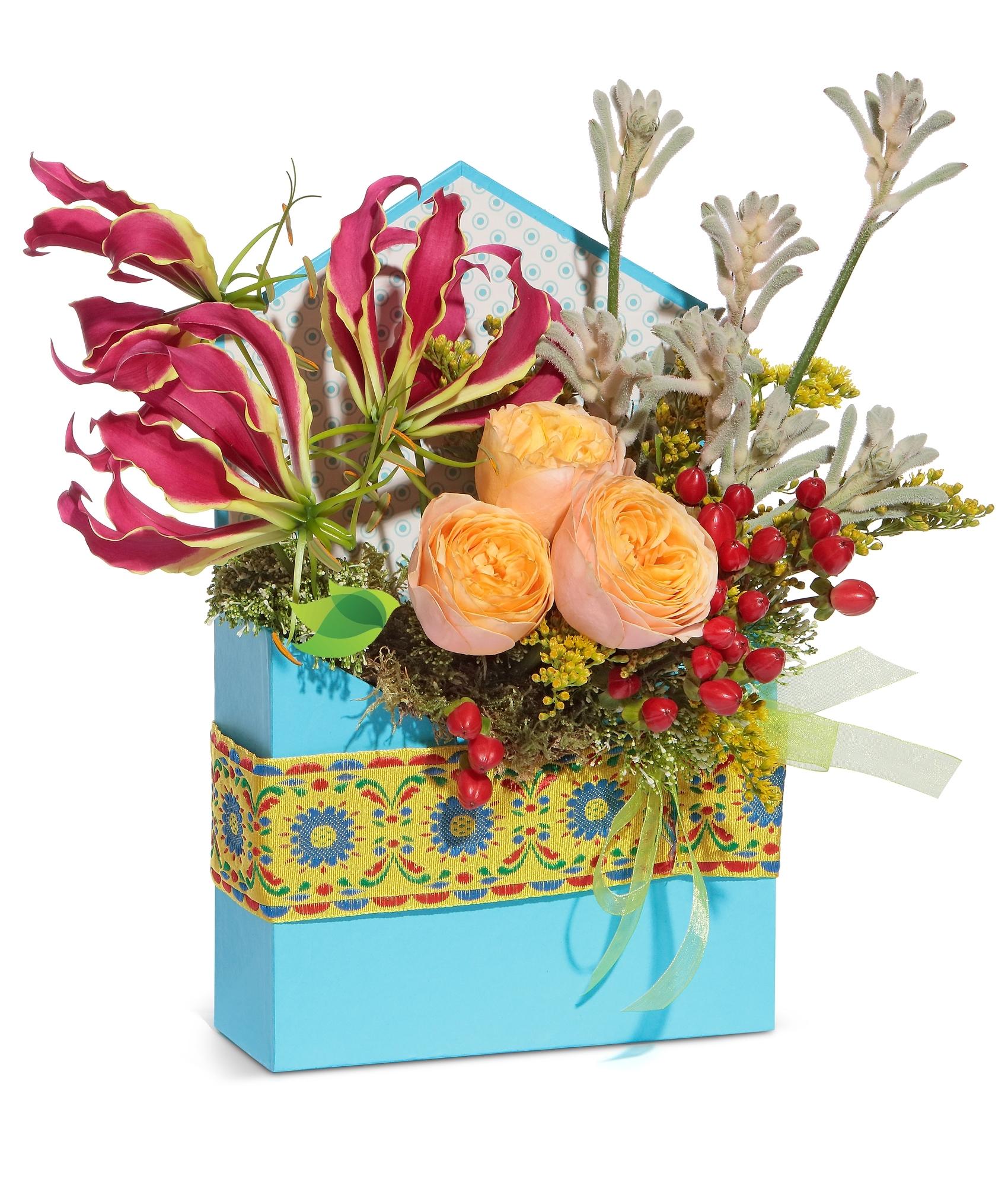 Фото букета: Конверт с розами и глориозой