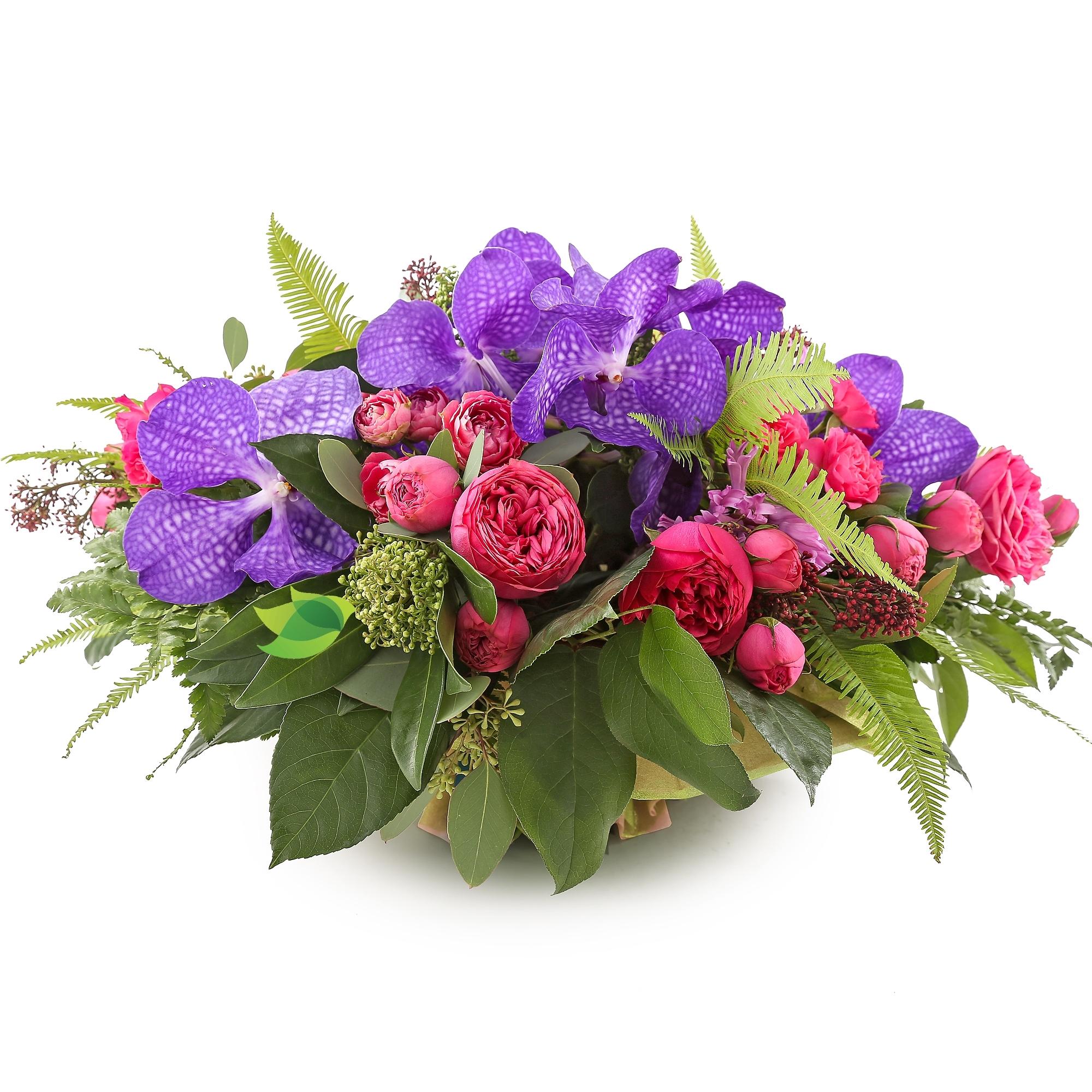 Фото букета: Пионовидные розы и ванда